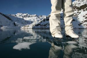Patin à glace sur lac d'Emosson